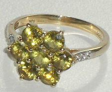 GORGEOUS SEVEN STONE FINE PERIDOT & DIAMOND VINTAGE 10ct GOLD DAISY CLUSTER RING