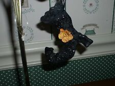 ENESCO  HALLOWEEN- WITCHES SHOE ORNAMENT-NEW