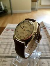 OMEGA VINTAGE GOLD CONSTELLATION F300 Hz MENS DAY DATE CAL 1315 SWEEPING HAND
