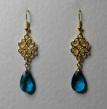 LACY FILIGREE VICTORIAN STYLE PEACOCK BLUE GLASS CRYSTAL GOLD PLATED EARRINGS