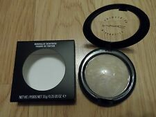 MAC MINERALIZE SKINFINISH * LIGHTSCAPADE * SOFT BEIGE W/ SHIMMER ~ 10g FULL SIZE