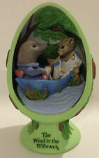2002 CVS THE WIND IN THE WILLOWS ON THE RIVER EGG FIGURINE