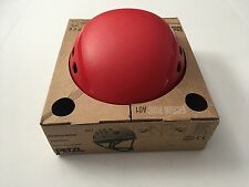 NEW IN BOX Petzl Ecrin Roc RED Helmet 53-63cm!! Climbing, Caving, Rescue, Safety