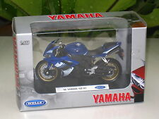 Welly 1/18 Diecast Model Motorcycle Yamaha YZF R1 (2008) BLUE