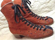 MAUDE FRIZON VINTAGE RED SUEDE ROLLERSKATE BOOTS  SZ 9