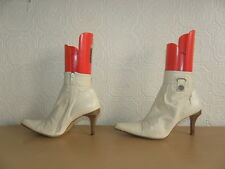 Ivory Leather LOGO 69 Zip Pleat Style Pointed High Heel Ankle Boots Size 7 / 40