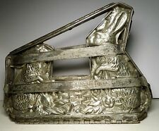 Antique Chocolate Candy Mold Rabbits / Bunny Easter w/Basket