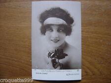 carte postale ancienne CPA Postcard LES PLUS BELLES FEMME DE FRANCE rouge gorge