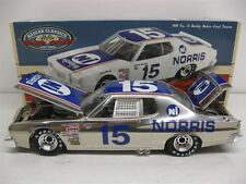 1:24 LIONEL Buddy Baker 1976 Norris Industries Ford 1:24 Color Chrome - 72 made