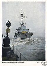18975/ Foto AK, Minensuchboot im Morgengrauen, 1944