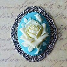 HUGE KiTsCh ShAbBy cHiC ViCtOrIaN ViNtAgE SILVER BLUE CREAM ROSE CAMEO BROOCH