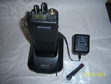 KENWOOD TK 390 UHF  in  GOOD  CONDITION with CHARGER.