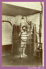 AIX-LES-BAINS : SOINS ÉTABLISSEMENT THERMAL, LA DOUCHE EN CERCLE VERS 1890 -J13