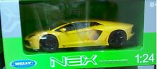 Lamborghini Aventador LP700-4 Diecast Car 1:24 Welly 7 inch Yellow BROKEN MIRROR