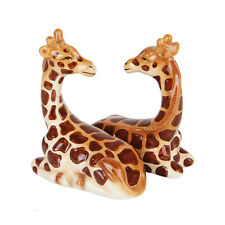 Giraffes Couple Ceramic Salt and Pepper Shakers Set.Magnetic Attracted Adorable