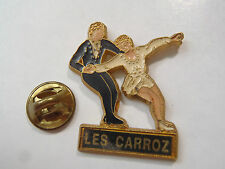 PIN'S PATIN A GLACE LES CARROZ MARTINEAU FRANCE