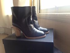 MARC BY MARC JACOBS ANKLE BOOTS BLACK CRINKLED LEATHER STAKED HEEL SIZE 38 (7.5)