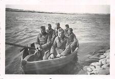 Soldaten mit Ruderboot auf Weichsel bei Mewe / Gniew Polen