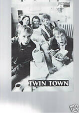 NFP Nr. 10215  Twin Town (Rhys Ifans)