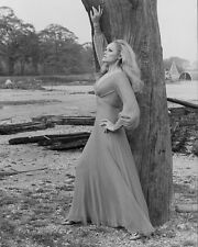 URSULA ANDRESS UNSIGNED PHOTO - 4804 - GORGEOUS!!!!!