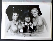 2 Photos Richard Branson - Rich !!! - Photomontage d'époque -