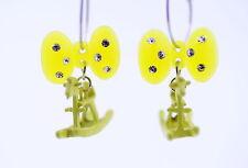 Interessante giallo fiocco e cavallo a dondolo orecchini a cerchio