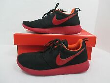 "Nike ""Roche Run"" Black/Red Lace Up Runnig Sneakers W/Original Box Sz 6-M EUC!"
