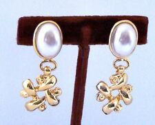 Vintage NEW Clip DANGLE EARRINGS Goldtone with Faux PEARL 1