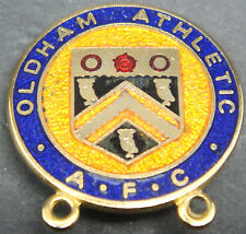 OLDHAM ATHLETIC Vintage SUPPORTERS CLUB badge Maker GLADMAN & NORMAN 25mm x 26mm