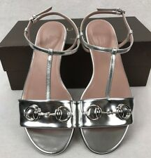 GUCCI Metallic Silver Patent Leather T-Strap Flat Sandals Sz 37 UK 4 NEW RRP£370
