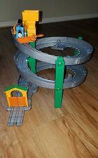 Thomas and Friends take-n-play along Train Set Sodor Spiral Run Diecast