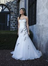 New Style Sweetheart Lace A-Line White and Black Wedding Dresses Custom all size