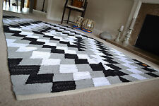 Big Pattern Rug Soft Cotton Black White Grey Hand Made Woven 120x180cm 6x4