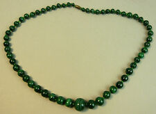 A LOVELY VINTAGE 24 inch MALACHITE GRADUATED BEAD NECKLACE 1970's