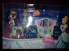 Disney Princess Cinderella Wedding Carriage Polly Pocket MagiClip RARE FREE SHIP