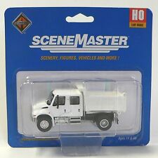 HO 1:87 Scale Maintenance of Way Crew Cab Dump Truck for Model Railroad Trains