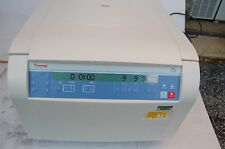 Thermo Scientific Sorvall ST16 Centrifuge ST 16 tabletop 75004241