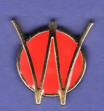 WILLYS WILLY'S JEEP HAT PIN LAPEL TIE TAC ENAMEL BADGE GOLD #1212