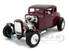 1932 FORD COUPE BURGUNDY 1:18 DIECAST MODEL CAR BY MOTORMAX 73172