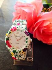 *UK* Women's Geneva Floral Watch with Textured Ceramic Link Straps
