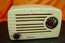 Vintage 1950 SILVERTONE No: 2 TUBE RADIO Small Ivory Painted Metal Cabinet