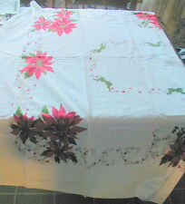 VINTAGE POINSETTIA, HOLLY BERRY DECORATED CHRISTMAS TABLECLOTH, 73 BY 59 INCHES