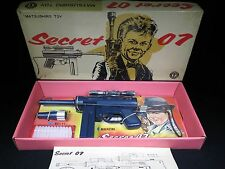 RARE JAMES BOND 007 SECRET 07 HARD PLASTIC MACHINE GUN MATSUSHIRO BOX JAPAN TOY