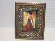 "Antique Looking Ornate Wood Jeweled 4"" x 6"" Picture Frame"