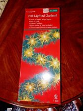 25 Ft GREEN GARLAND WITH CLEAR LIGHTS  Christmas Holiday Decorations NEW