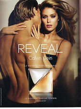 PUBLICITE ADVERTISING 114  2014   CALVIN KLEIN parfum REVEAL DOUTZEN KROES