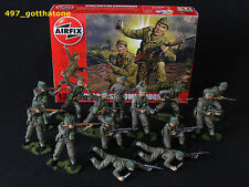 Airfix 1/32 British commandos WW2. professionally painted. 54mm.