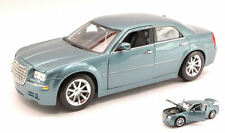 Chrysler 300 C Hemi 2005 Light Metallic Blue 1:18 Model 31120BL MAISTO