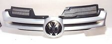 VW GOLF MK5 2004 - 2008 FRONT GRILLE MAIN CENTRE WITH BADGE PAINT CODE LC7W