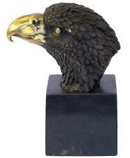 Bronzefigur Adler Kopf auf Marmorsockel Tierfigur aus Bronze H: 21 cm